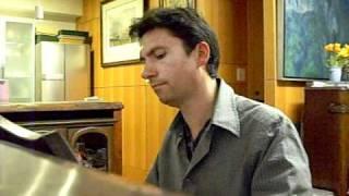 フランスから来た、ピアノの魔法使い。Olivier Delalante氏は12歳で作...