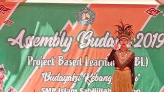 Performance Kelas 8B SMP Islam Sabilillah Malang