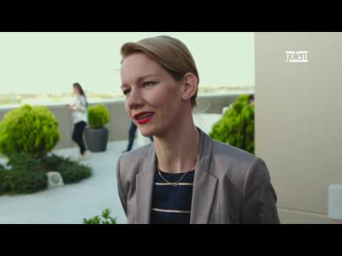 Toni Erdmann - Tráiler español (doblado)