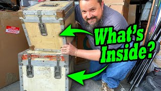 TWO TRUNKS FROM THE PALLET AUCTIONS... WHAT'S INSIDE?! Abandoned moving storage pallet auction.