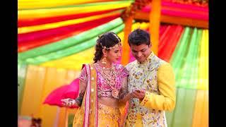 Mehendi Function #mehendidecor #traditional #coupleentry #cycleriskshaw #dhol #colorsmoke