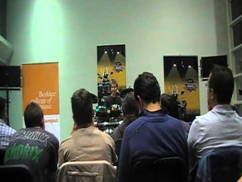 Chad Wackerman Master Class - Berklee Valencia 2/2 Español