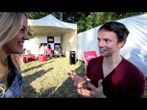 "Easywriters TV ""Hi5″ meets Alle Farben"