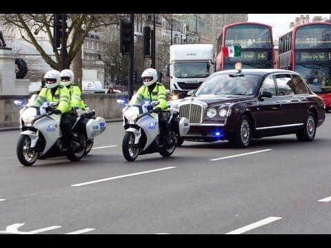 Metropolitan Police SEG Convoy - Gets Stuck in Traffic