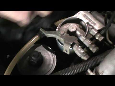 Замена топливного фильтра Мерседес W124 ом603