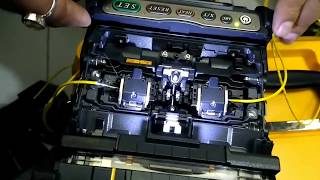 Fiber Optic cable splicing in Hindi Fujikura 80S I फाइबर ऑप्टिक केबल  splicing हिंदी में