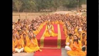 Shree Radhey Radhey Radhey - Kirtan with Jagadguru Shree Kripalu Ji Maharaj