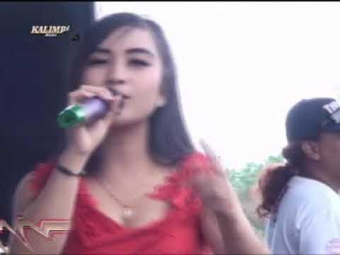 Konco Mesra - Riyana Macan Cilik - Kalimba Musik Live Lapangan  Senet