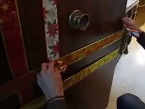 Como decorar una puerta para navidad proyecto i youtube for Ideas para adornar puertas en navidad