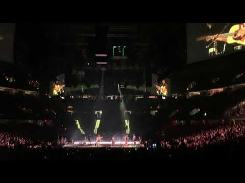 """Mumford & Sons """"The Cave"""" Live Concert Cleveland Ohio 3/9/19"""