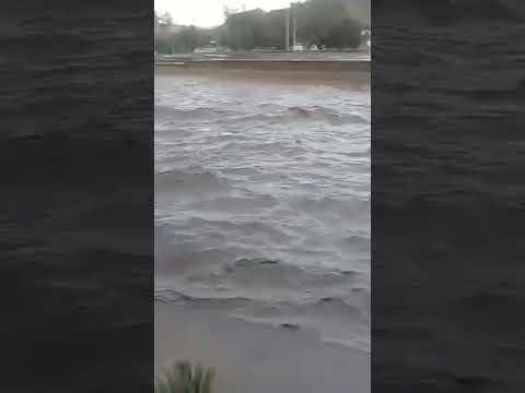 Impresionante...Crecida del rio copiapo post aluvion.