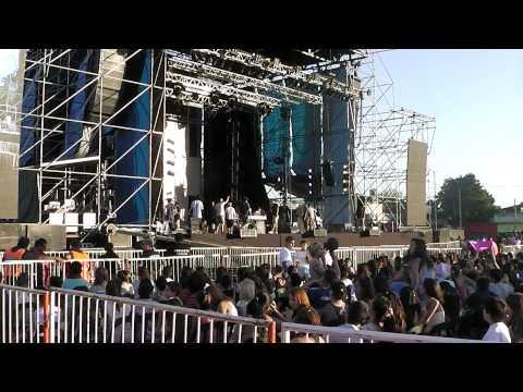 AXEL EN RAFAEL CALZADA - ESPERANDO VER SU SHOW 2DA PARTE EN HD -