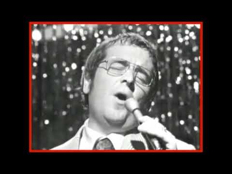 ♫ Ernie Sigley ♥ Hark The Herald Angel Sings ♫