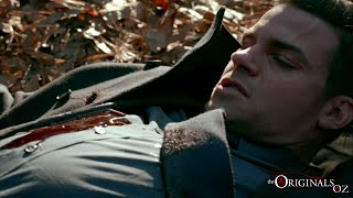 The Originals 3x13 Aurora shots Elijah with White Oak Bullet