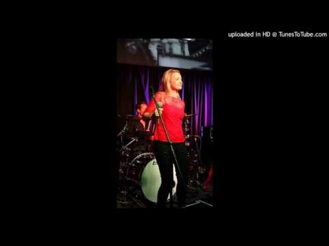 Make You Feel My Love Cover by Clodagh Reid, featuring Greg Agar on Piano & Production