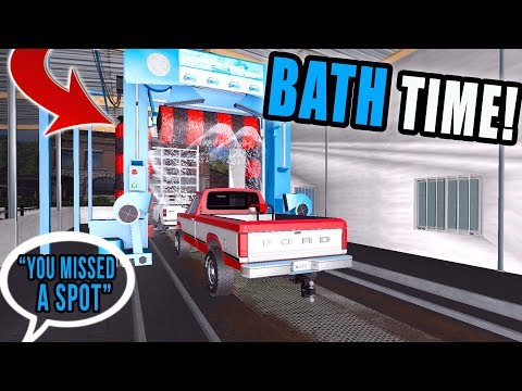 OLD FARM TRUCKS NEED A WASH | AUTOMATIC CAR WASH | UMRV | FARMING SIMULATOR 2017 thumbnail