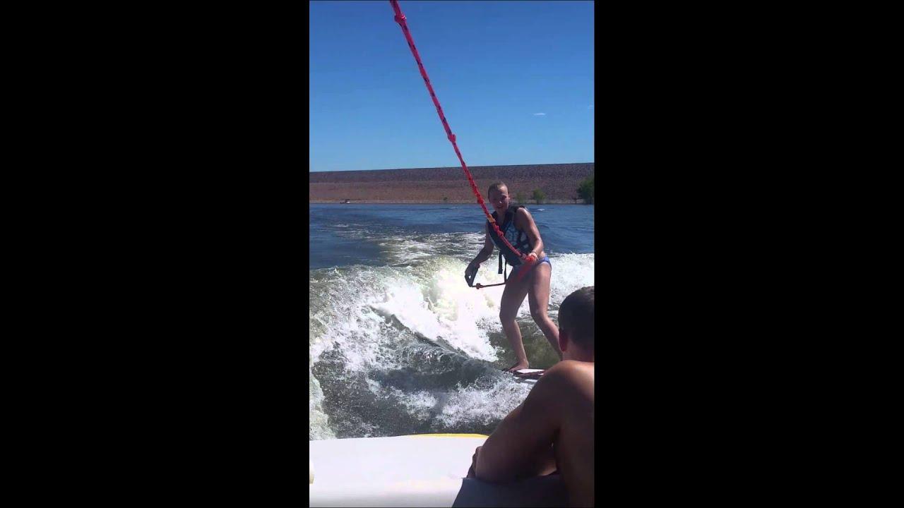 Wakesurfing behind 2015 Axis A20 (3)