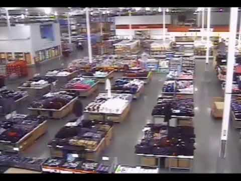 Video Shows Off-Duty Cop Tracking Kansas Costco Shooter Through Store