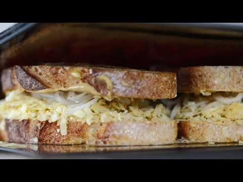 The Ultimate Cheese Toastie. A ridiculously tasty collaboration- Hectors Deli X The Studd Siblings