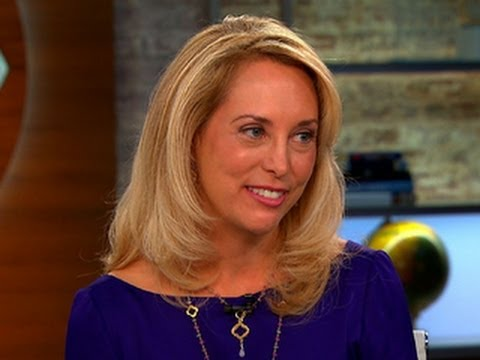 """Valerie Plame seeks realistic portrayal of spies with new fiction book """"Blowback"""""""