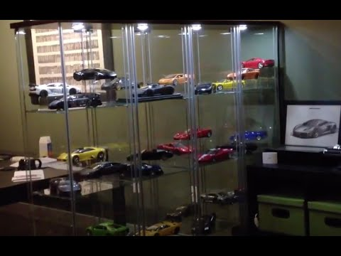 1/18th Die Cast Car Collection Display