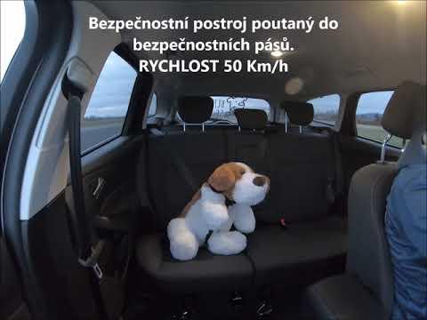 Jak cestovat se psem v autě, CestoVáček srovnávací test, autosedačka pro psa, box na psa