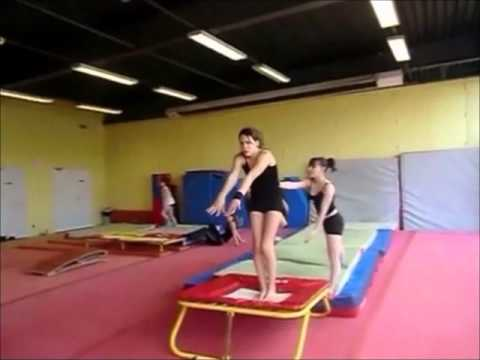 gymnastique au sol youtube. Black Bedroom Furniture Sets. Home Design Ideas