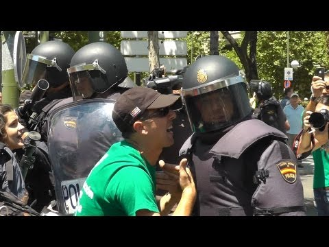Militant Miners in Madrid - Direct Action Documentary