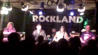 "Balance ""Undercover man"" Intro by Bob Kulick, @ Rockland Sala 140826 (good sound)"