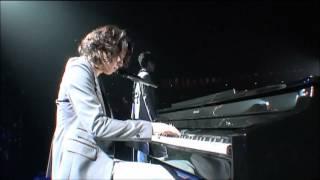 ピアノを弾くゆちょん