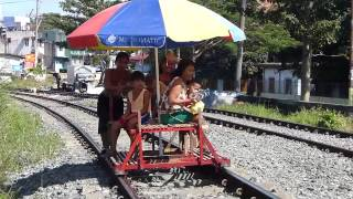 AMAZING TRAIN TRACK TAXIS. MANILA PHILIPPINES. TRAVEL, ADVENTURE, FESTIVALS...