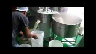 MH-500過濾熱豆漿 Filtering Hot Soybean Milk By MH-500