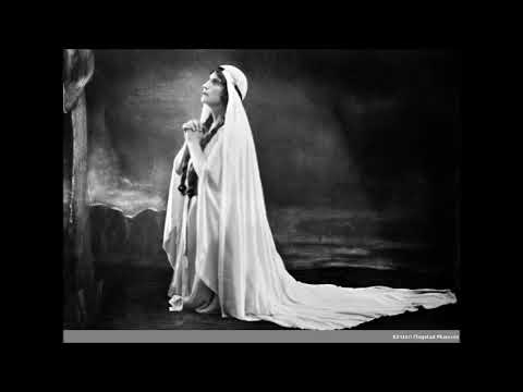 Kirsten Flagstad's huge B5s and Huge Marble Middle Voice in Isolde's Curses