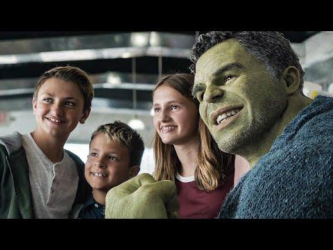 Selfie with Hulk Scene - AVENGERS 4: ENDGAME (2019) Movie Clip