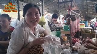 Gởi thông điệp Yêu thương tới cô Thắm bán đậu hũ Chợ Nhật Tảo