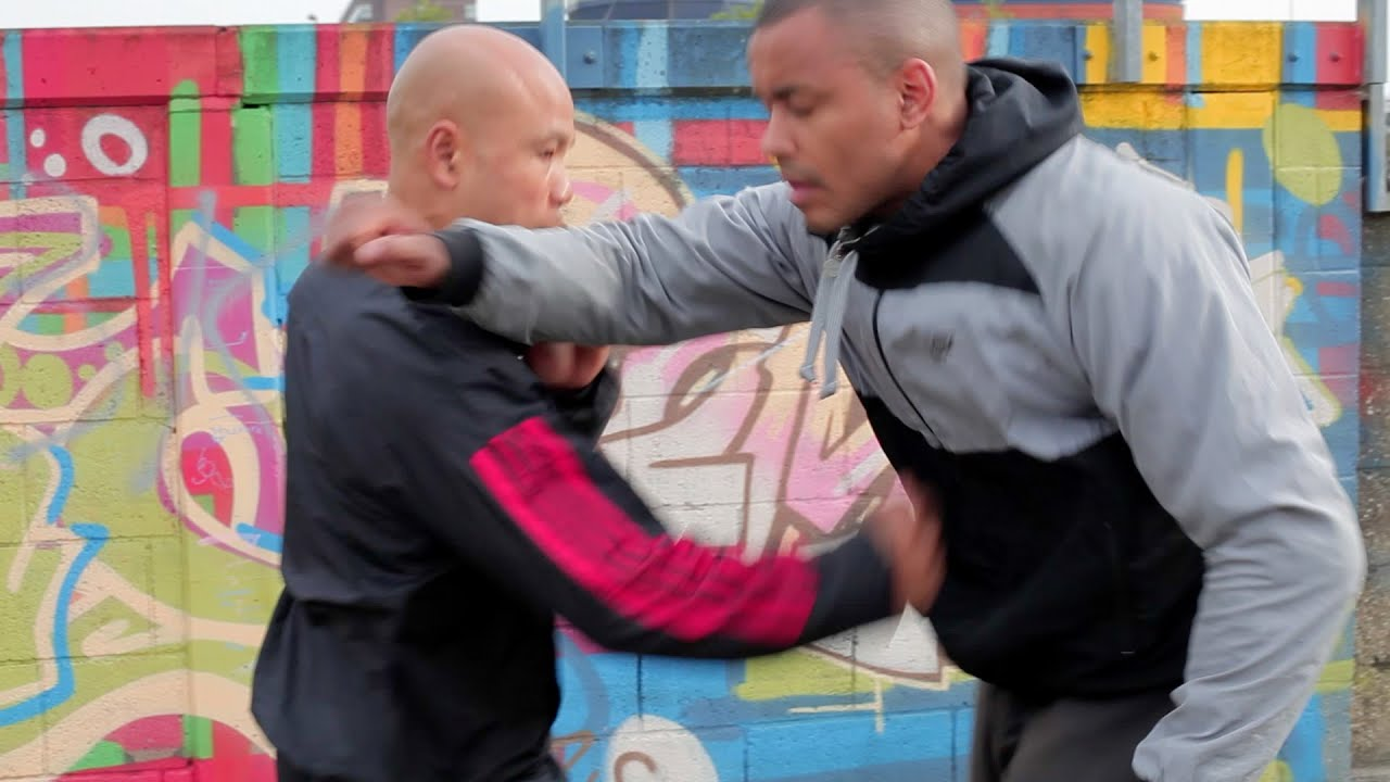 Street Fight Defense - attack to the solar plexus - YouTube