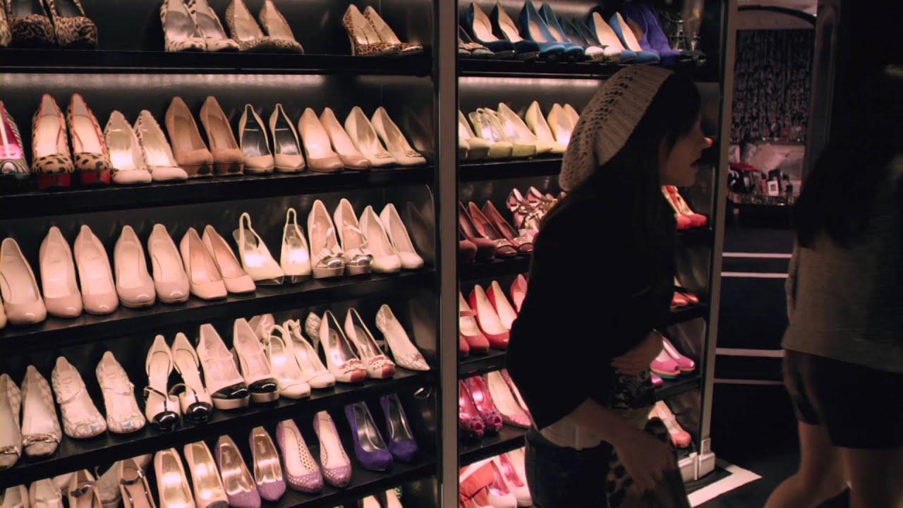 Cabina Armadio Paris Hilton.Bling Ring Clip Il Guardaroba Dei Sogni