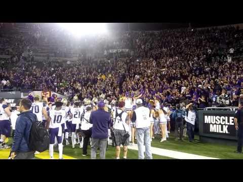Washington Celebrates Their Win Over Oregon