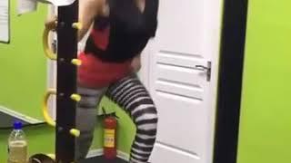 Zarina nizomiddinova fitnesda