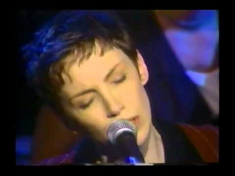 Annie Lennox Don't Let It Bring You Down
