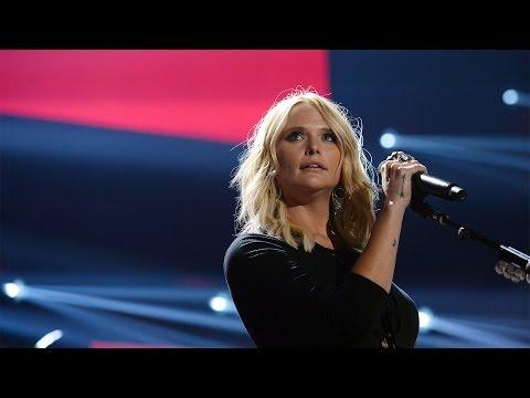 Miranda Lambert Pens Emotional Note on Blake Shelton Divorce