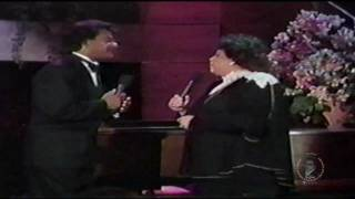 Johnny Mathis & Patti Austin - You Brought Me Love