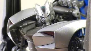 """Video Review of Transformers Revenge of the Fallen movie toy; """"Sideswipe"""""""