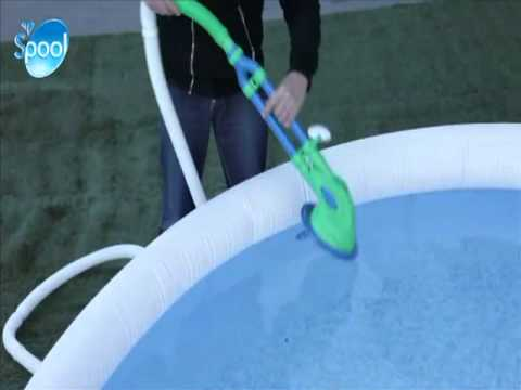 Robot de piscine wiki vac h264 labelhabitation youtube for Balayeuse robot piscine