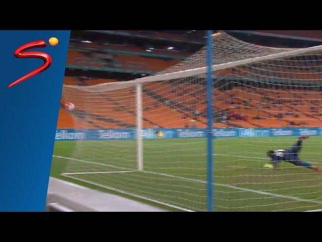 Machupu sizzles Khune's fingers  - Jomo Cosmos vs Kaizer Chiefs