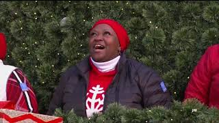 MACY'S SINGING CHRISTMAS TREE 2018 Thanksgiving Day Parade