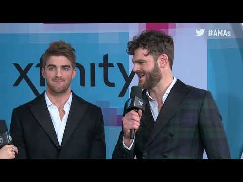 The Chainsmokers Interview - AMAs Red Carpet 2017