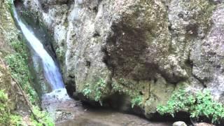ДОЛИНА БАБОЧЕК (18.8.2011)(Видео из Долины Петалудес, являющейся уникальным природным парком на острове Родос в Греции. Немного..., 2011-08-28T14:58:45.000Z)