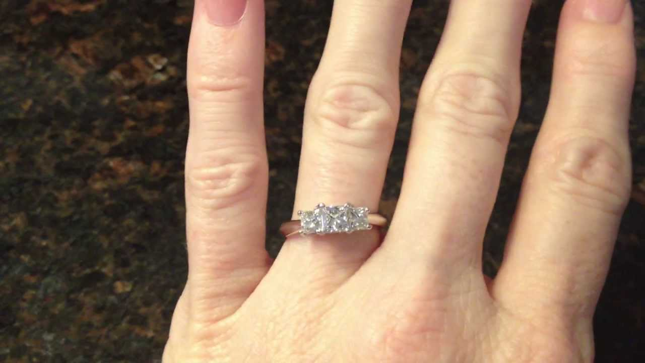 Kay Certified Leo Cut Princess Cut 3 Stone Diamond White
