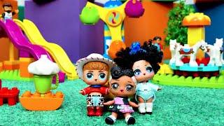 Куклы ЛОЛ сюрприз ОМГ в парке аттракционов ЛЕГО — Новое видео для девочек с куклами. Мир ЛОЛ